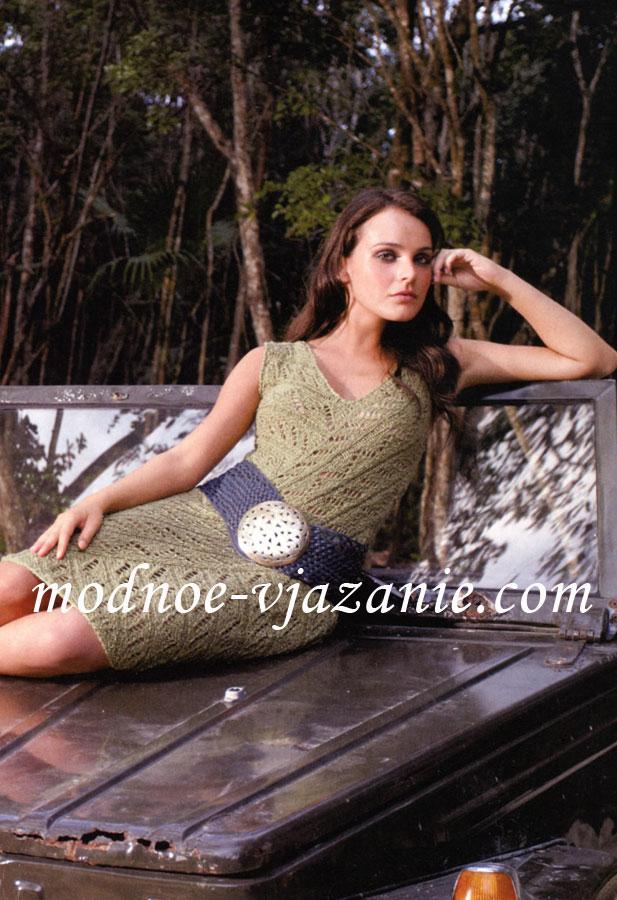 Модное платье с шипами на чашечках