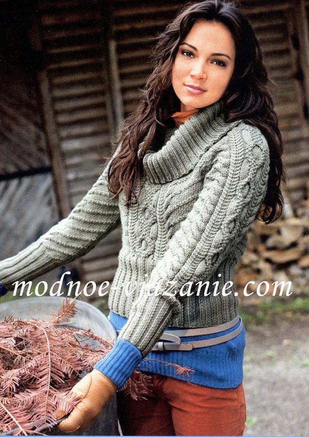 Короткий свитер реглан