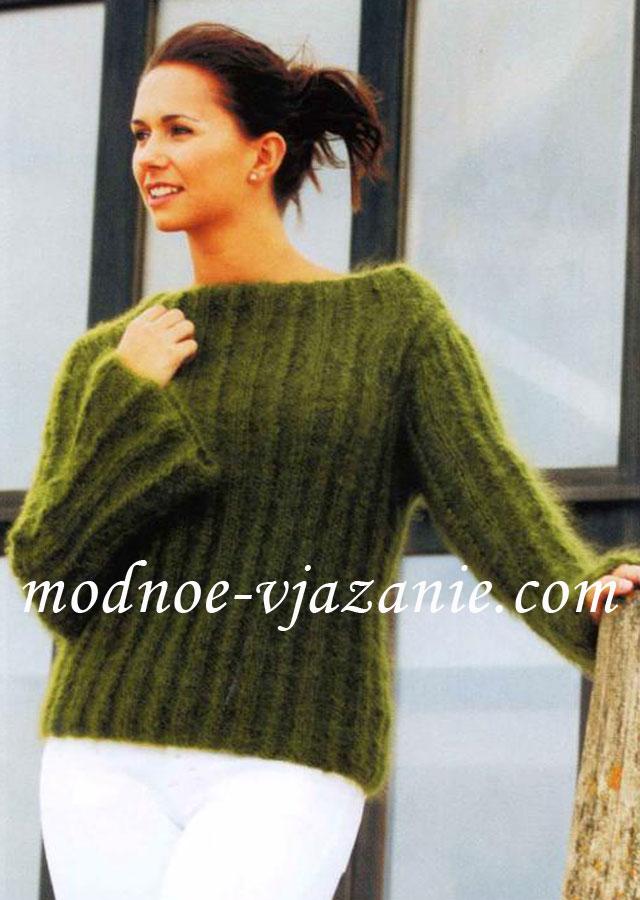 Пуловер из мохеровой пряжи