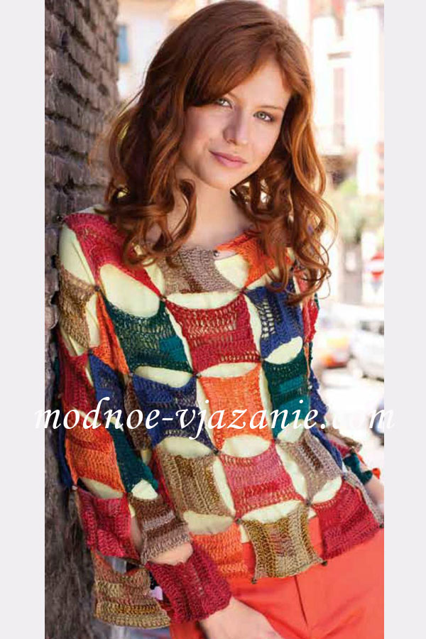 Пуловер из цветных квадратов